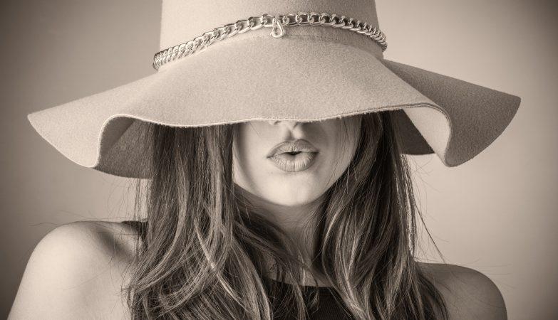 modny kapelusz